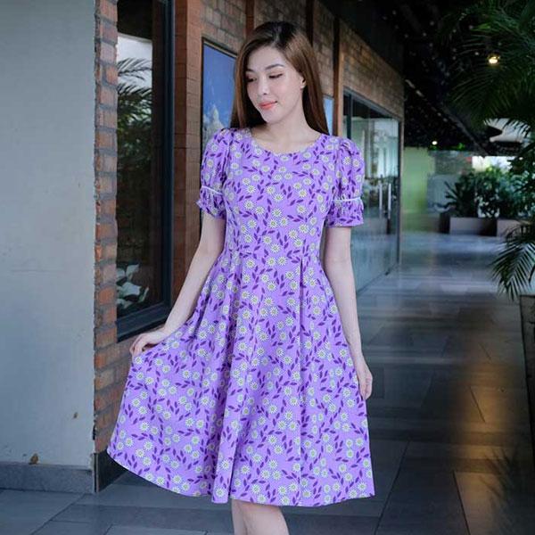 Đầm xoè hoạ tiết hoa màu tím