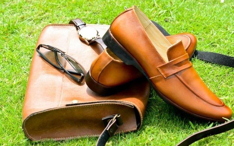 Sản phẩm giày chất lượng của Caesar Shop