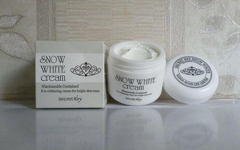 Kem dưỡng trắng da Snow White Milky Cream