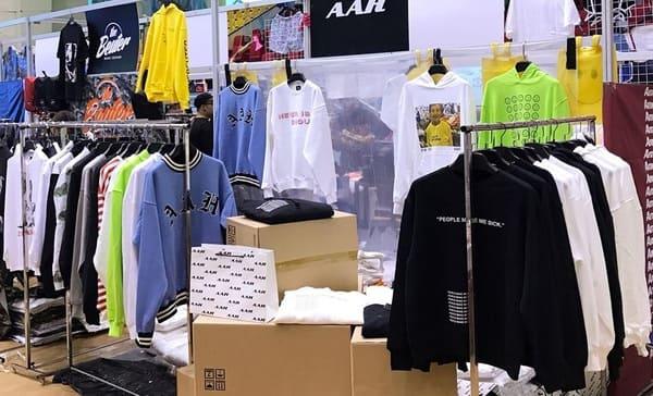 1-OAK Shop - Unisex Tshirt Designs